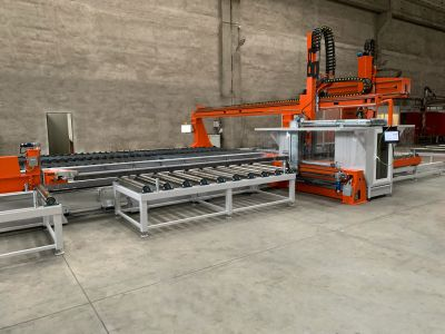 7-axis robotic system for plate and profile bevel cutting