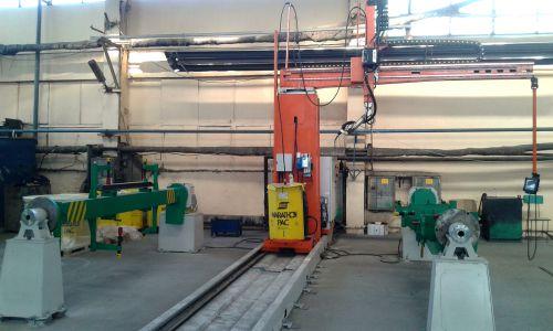 Welding robot with 2 work-zones