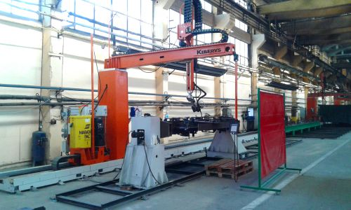 Welding robot with 6t servo-positioner
